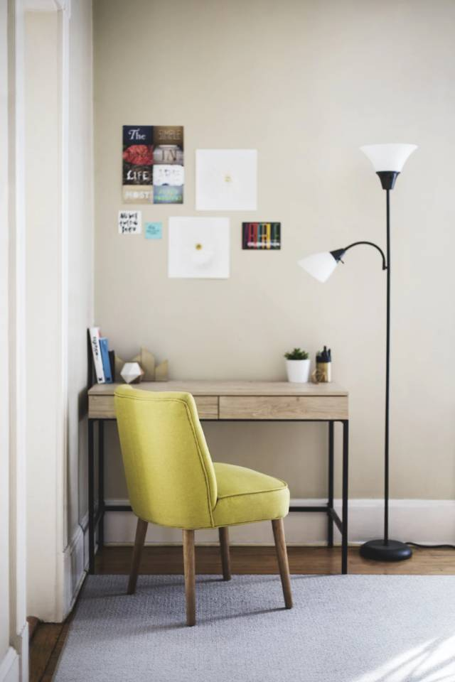 home office small & understated